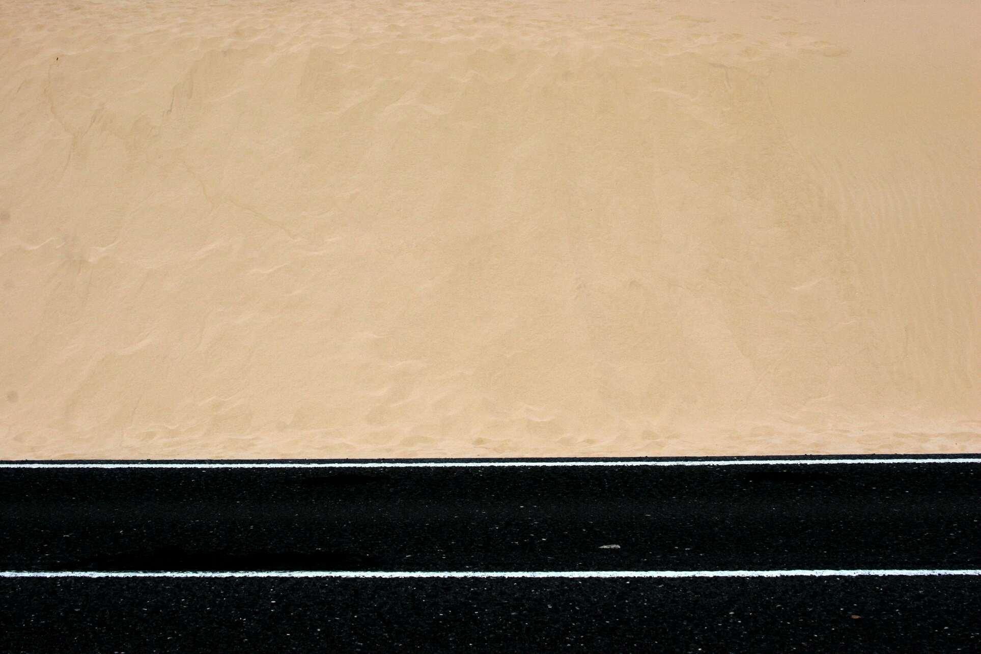 1916-sabbia-e-asfalto